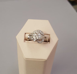 Vintage 1.25ctw Diamond Dinner Ring