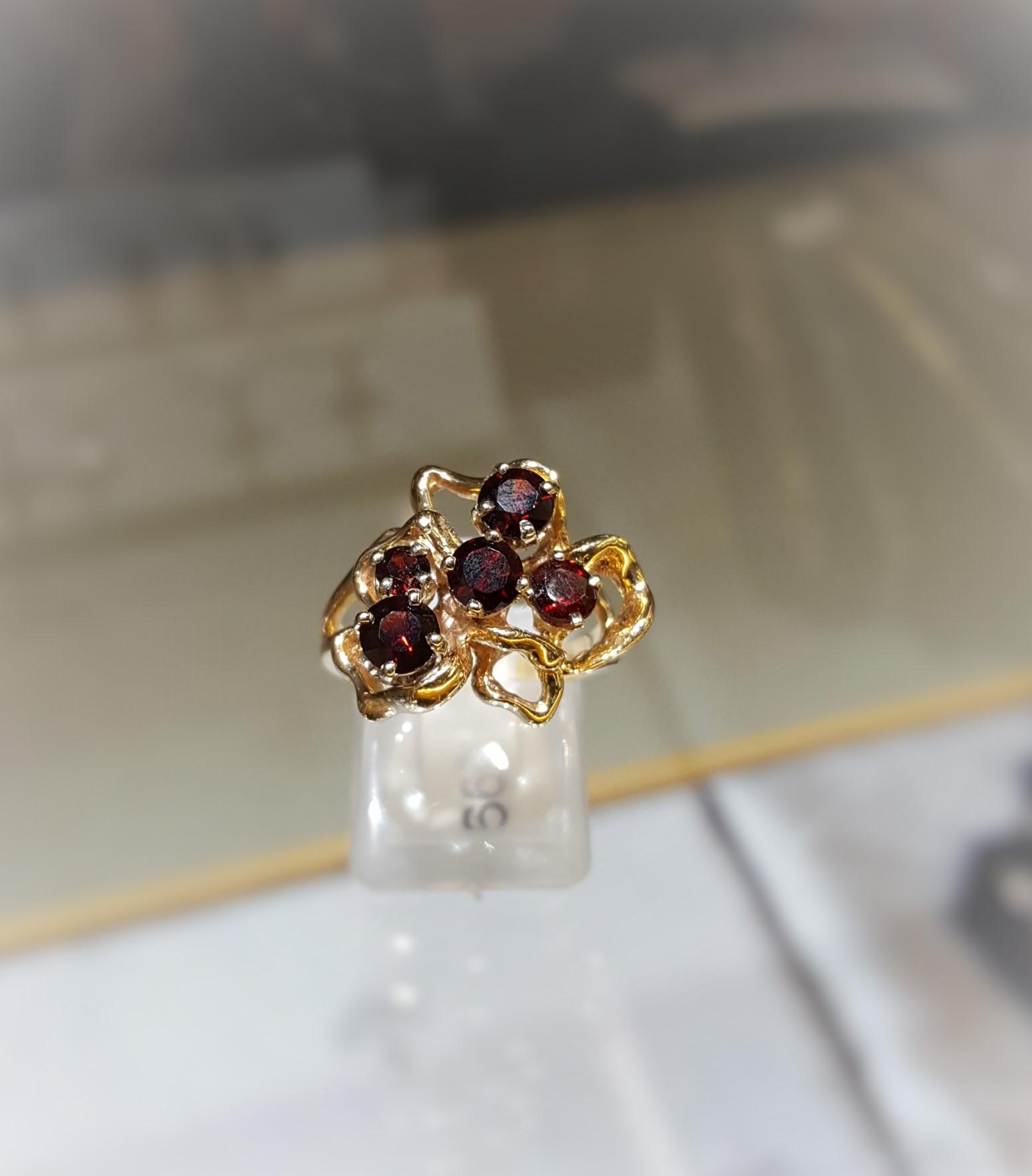 Garnet 5-Stone