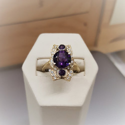 Amethyst with .50ctw Diamonds