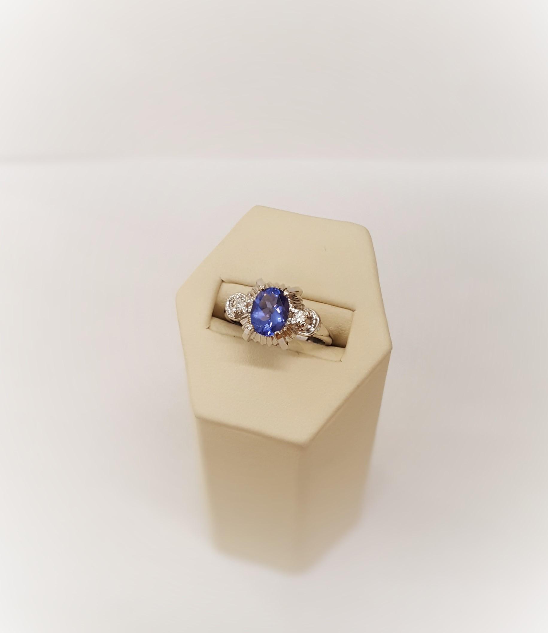 Tanzanite with Diamonds