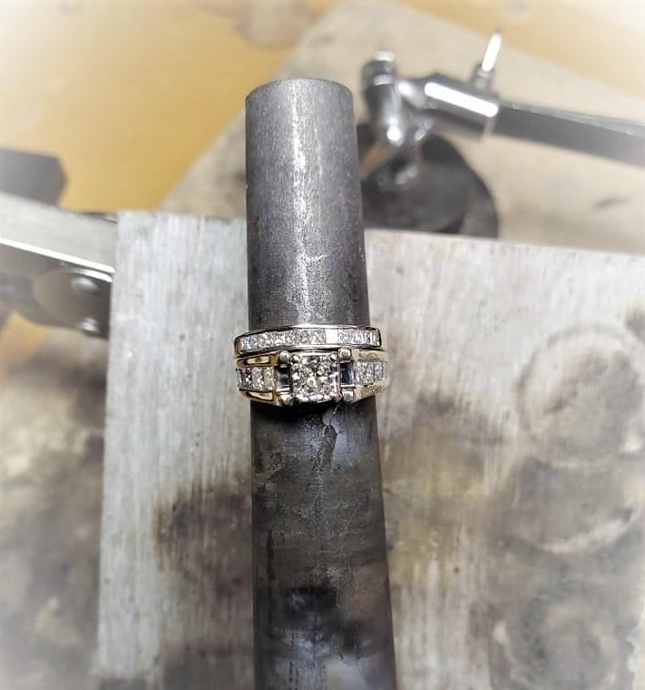 1.85ctw Diamond Wedding Set