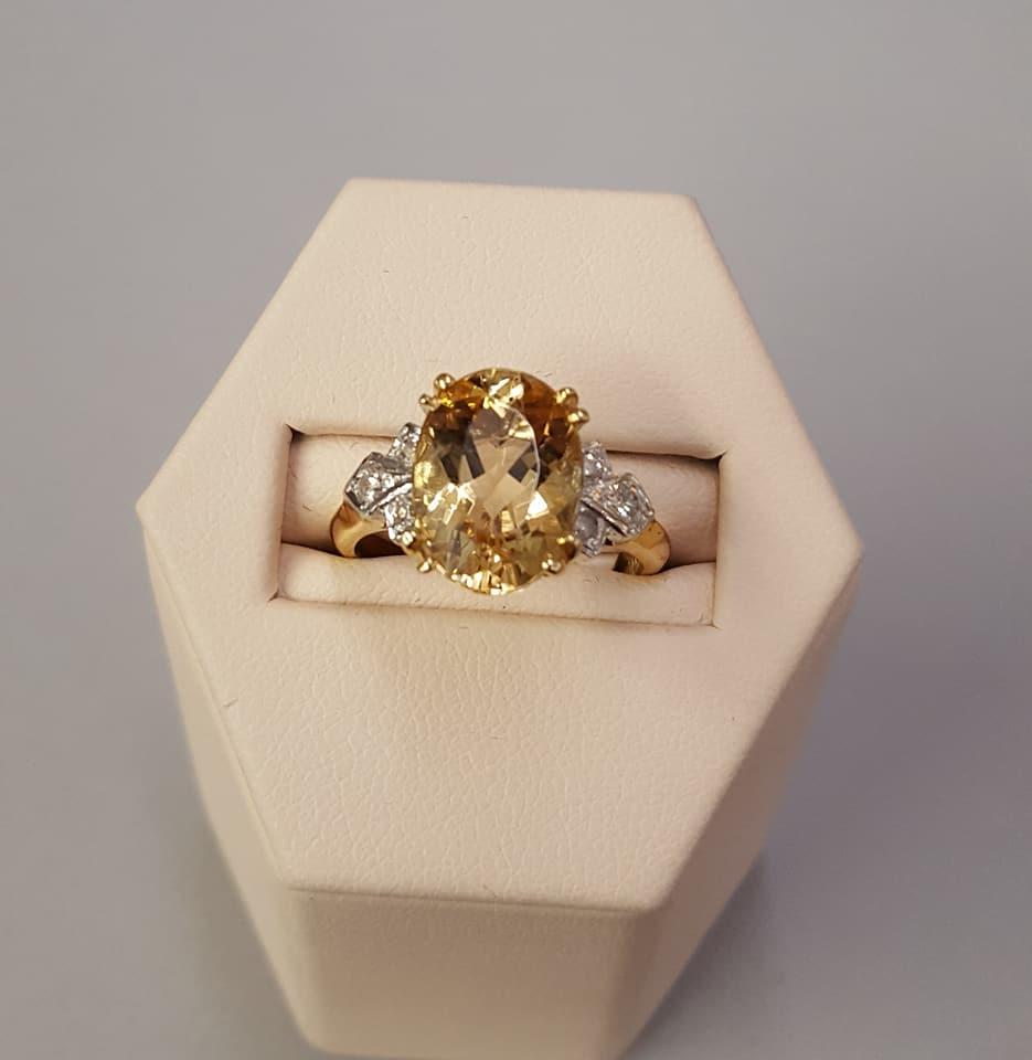 3.66ct Golden Beryl Diamonds