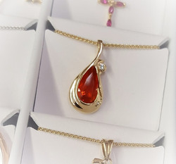 2.12ct Fire Opal with Diamond