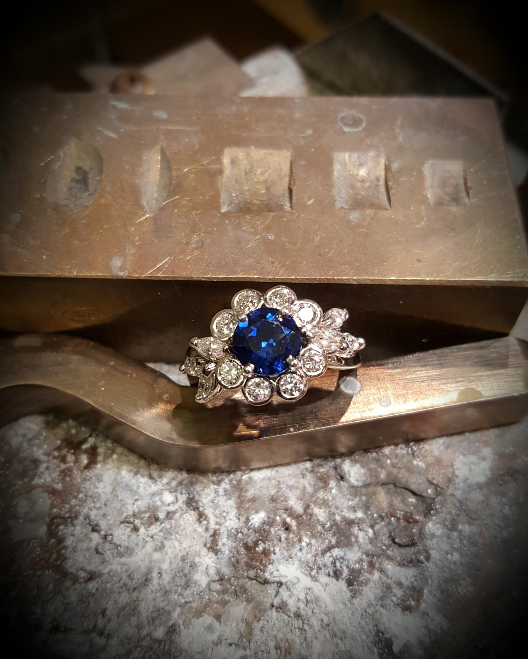 1ct Sapphire & 1ctw Diamonds