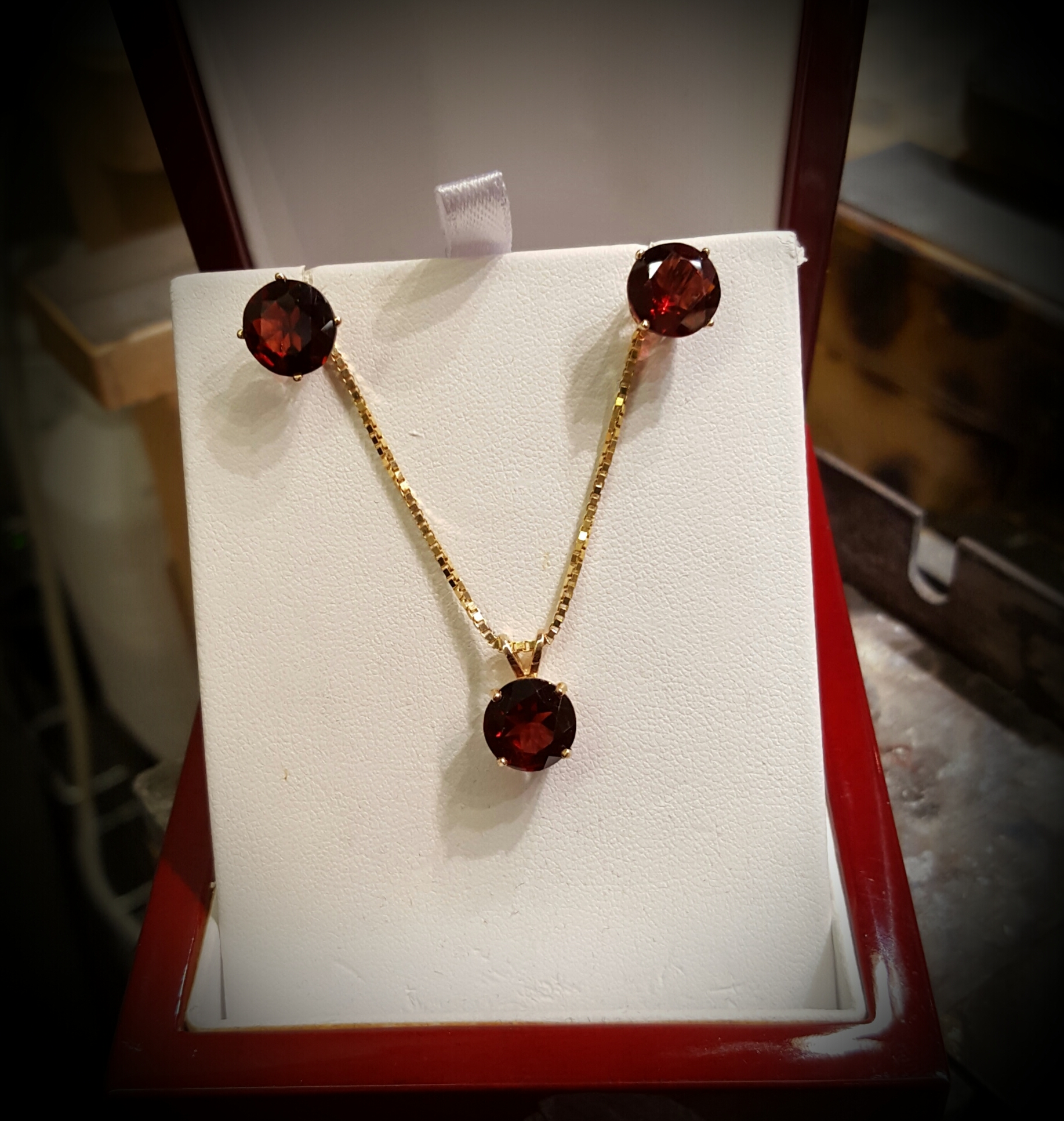 Garnet Pendant & Earrings Set