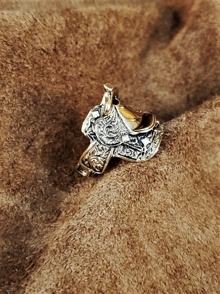 Large 14kt Yellow Gold Saddle Ring