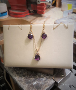 Amethyst & Diamonds Set