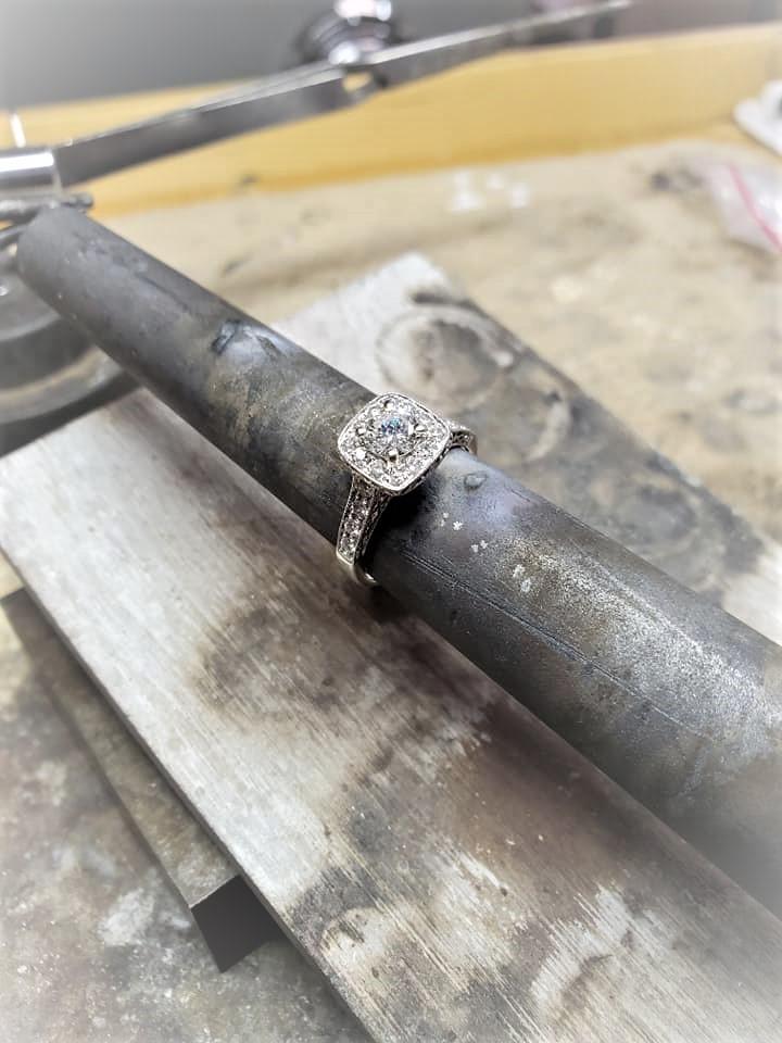 1.15ctw Diamond Halo Engagement Ring