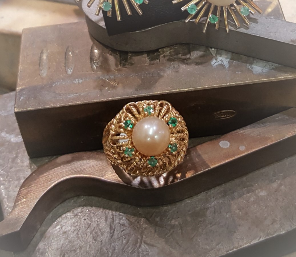 Cultured Pearl with Natural Emeralds