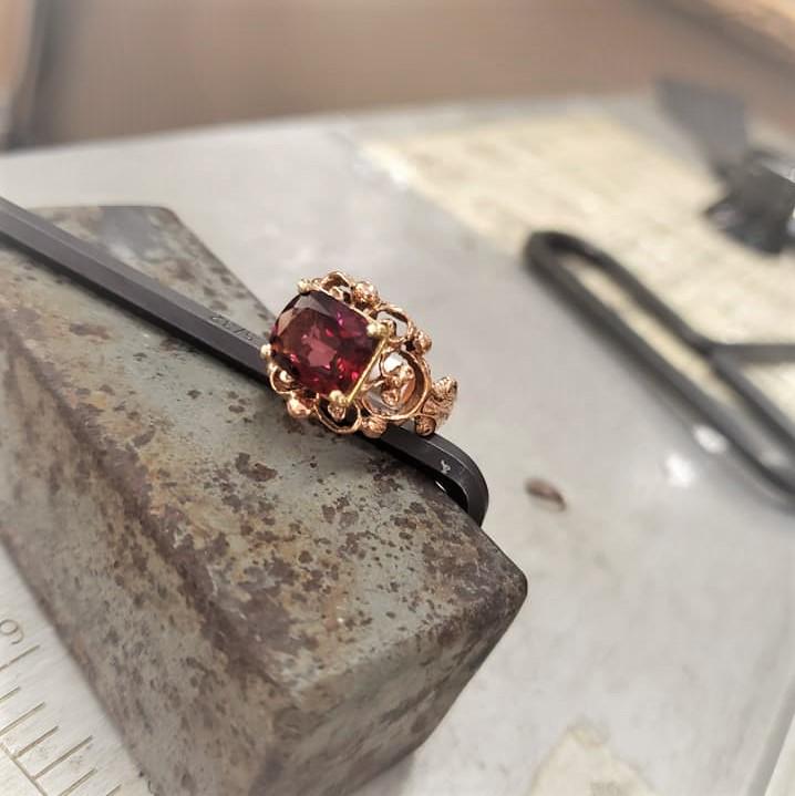 3.87ct Rhodolite Garnet