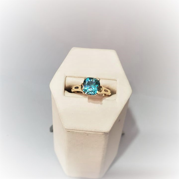 1.9ct Moissanite Teal