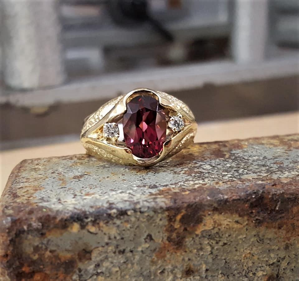Rhodolite Garnet & Diamonds