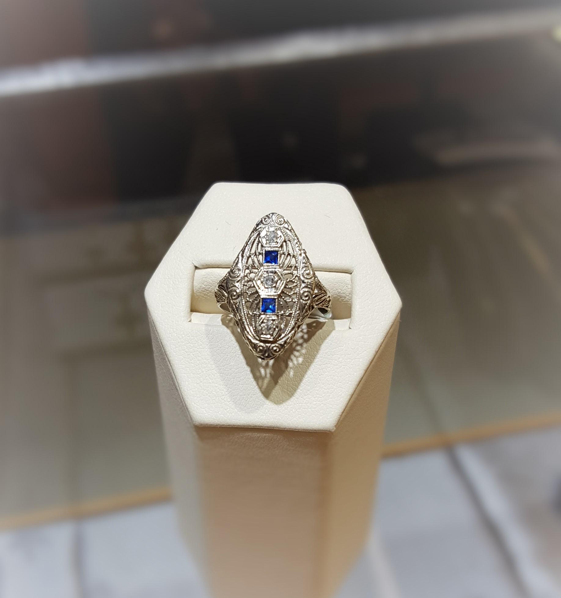 Antique Diamond Sapphire TE