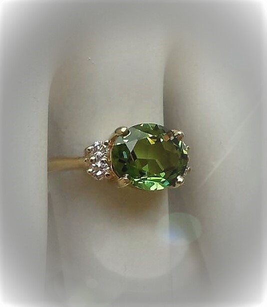 10x8 Green Spinel Diamond