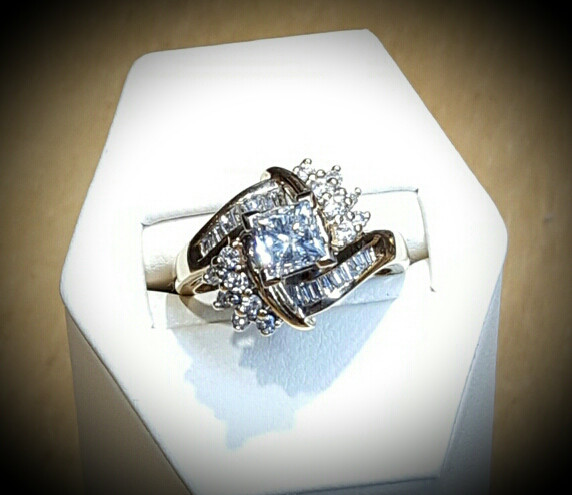 1ct Princess with Diamond Accents