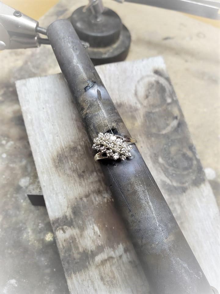 1ctw Diamond Cluster Ring