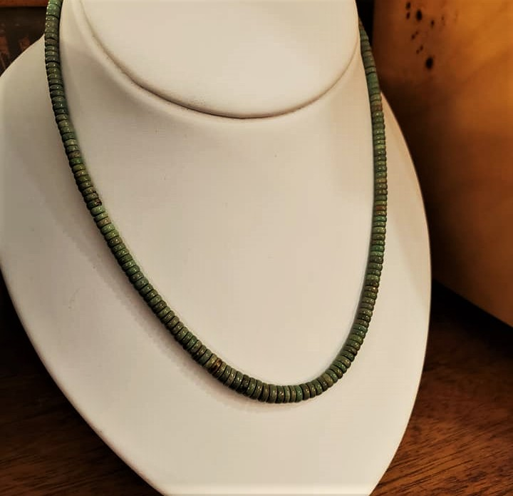 "18"" Green Turquoise Bead Necklace"