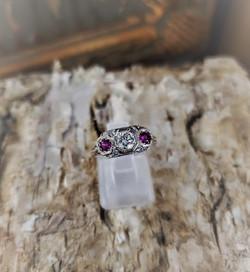 .25ct Diamond .25ctw Rubies