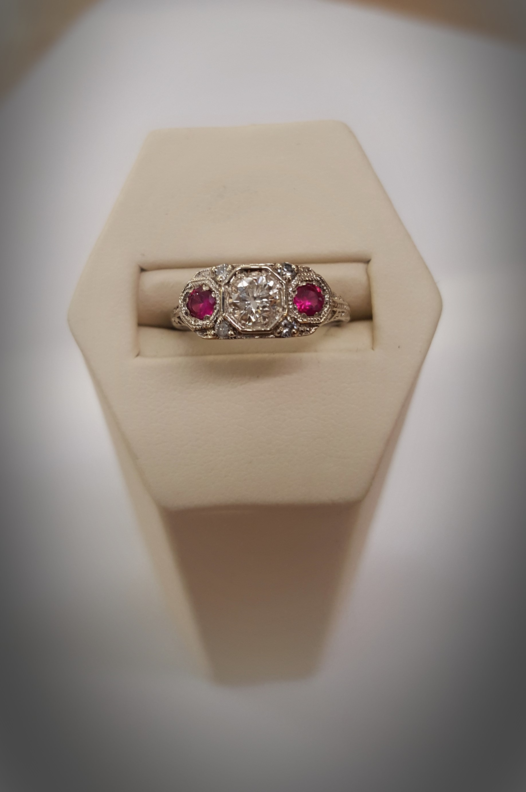 Vintage .25ct Diamond .25ctw Ruby