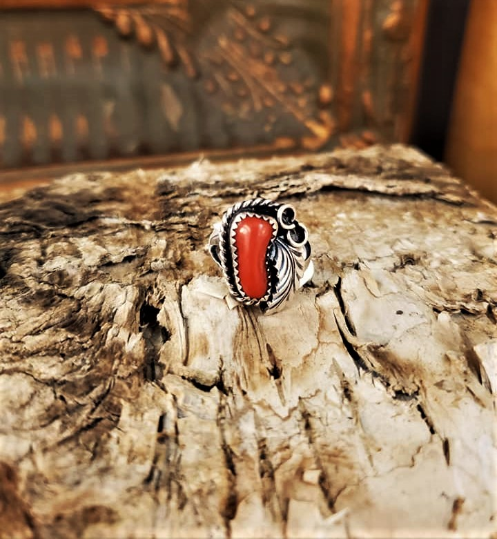 Justin Morris Feather & Coral Ring