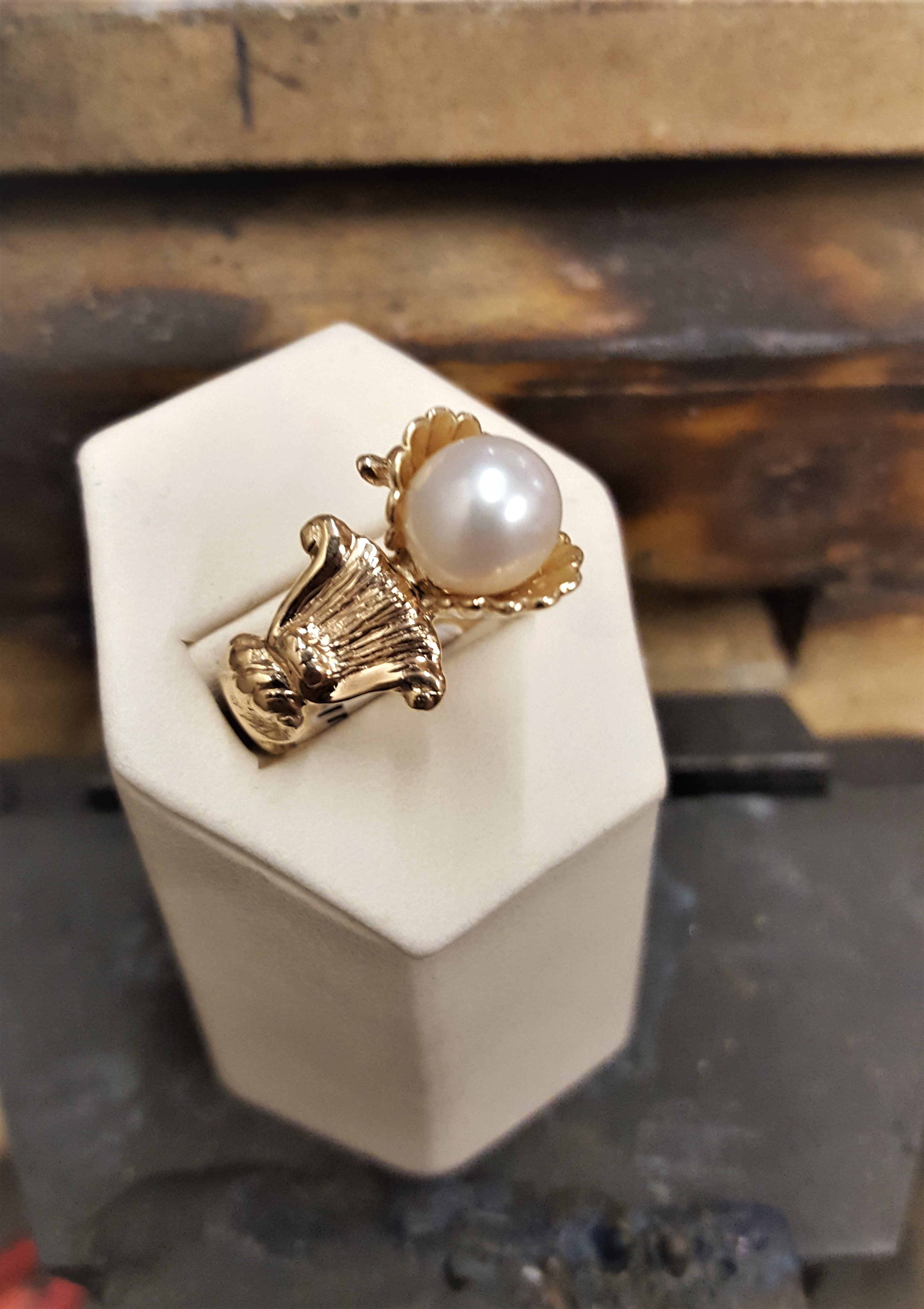Cultured Pearl Vintage Style Setting