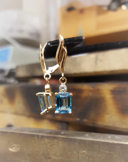 Swiss Blue Topaz .20ctw Diamond