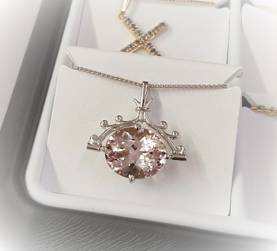 8.48ct Morganite Pendant