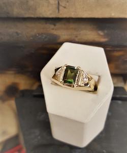 1.85ct Peridot with .10ctw Diamonds