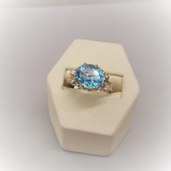 Blue Topaz with .10ctw Diamond