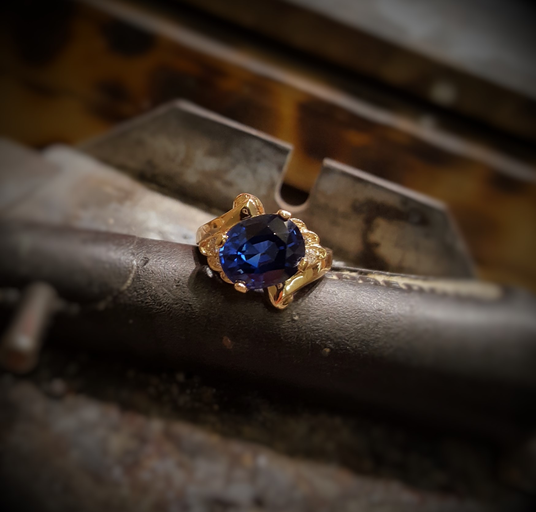 4.90 Natural Sapphire & Diamonds