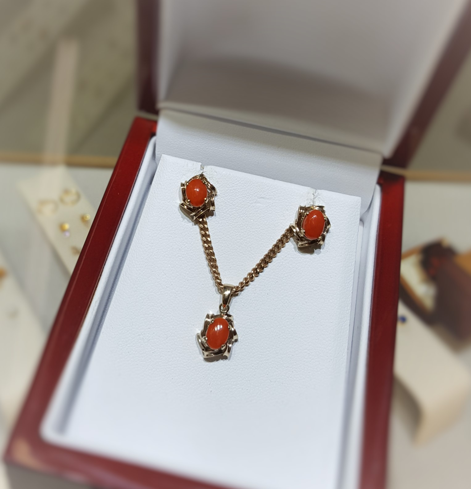 Coral Pendant & Earrings Set