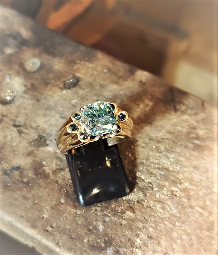 2.50ct Moissanite London Blue Topaz