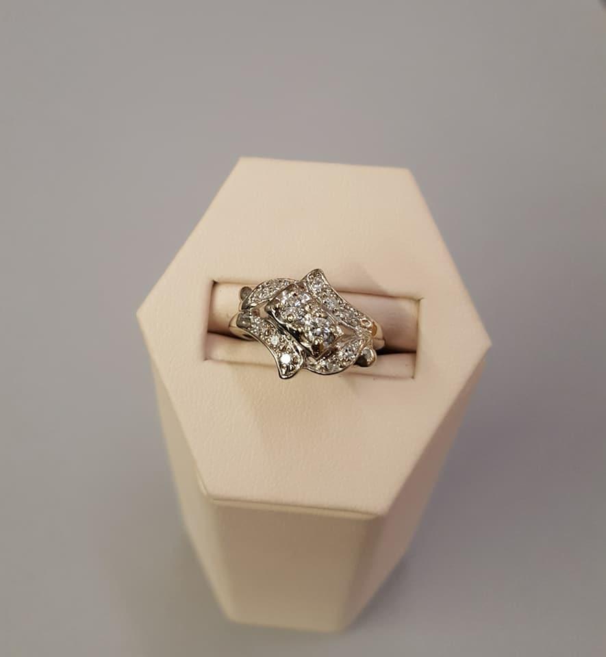 Vintage .40ctw Diamond Dinner Ring