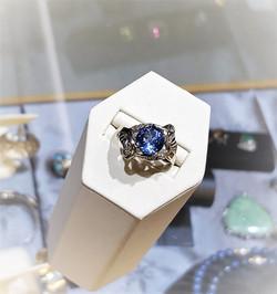 Tanzanite & Diamond