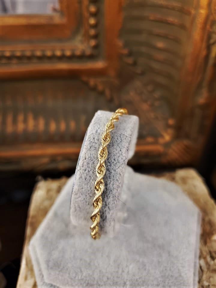 Ladies 14kt Yellow Gold Rope Bracelet