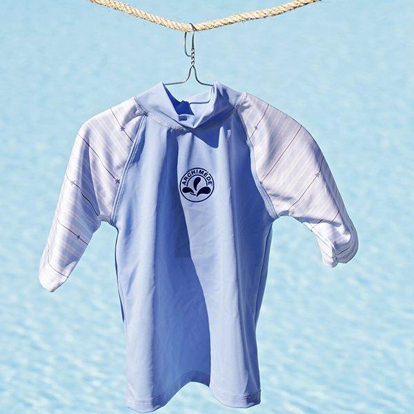 Bébé maillot