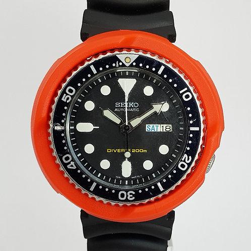 7s26 'Diver' Orange Shroud