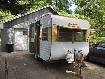 Tiny Spaces Project - our First Vintage Camper!