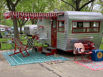 So Many Fun Vintage Campers