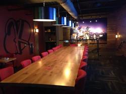 Klavon's Pizza Dining Area