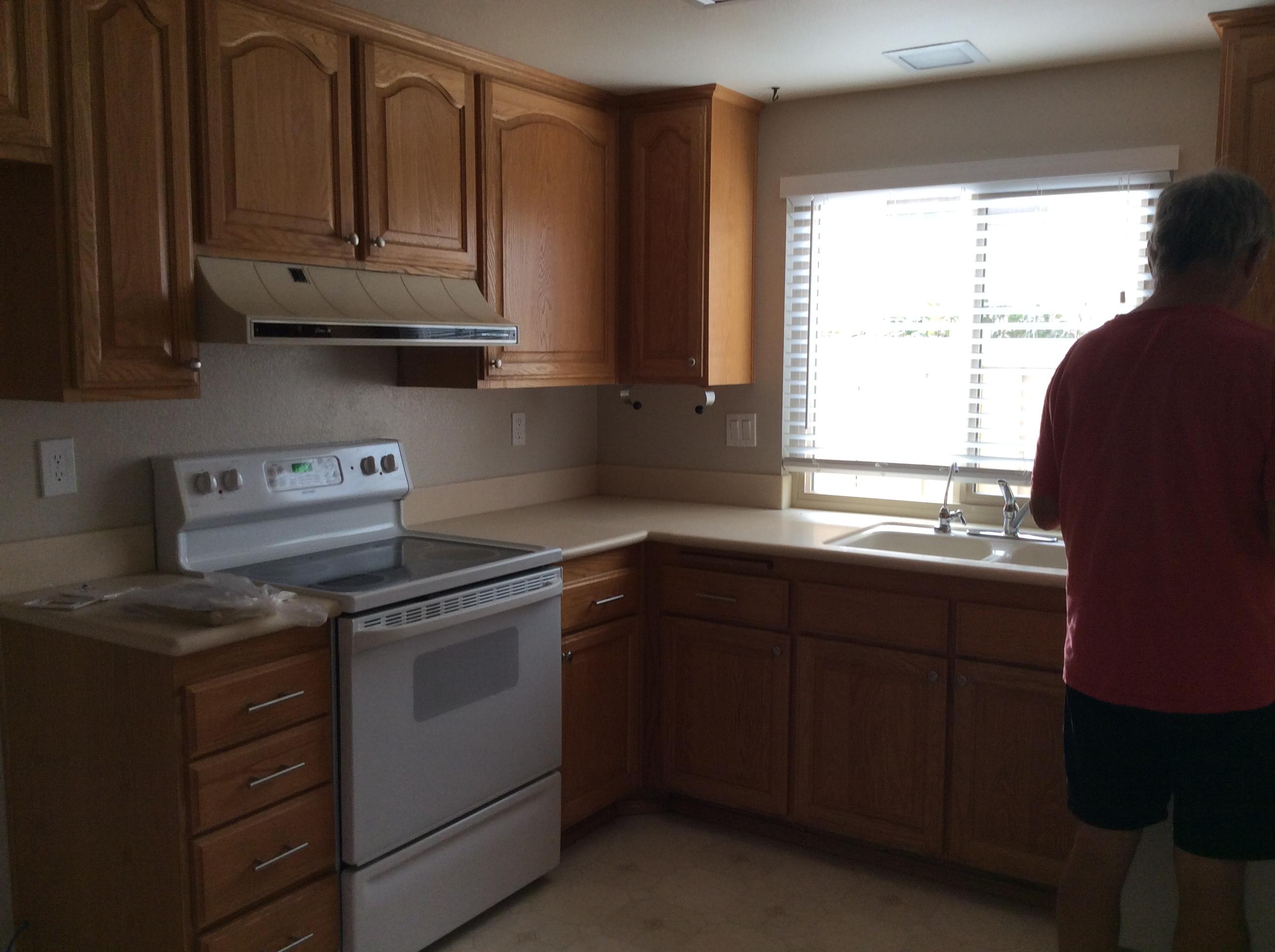 Kitchen1Before