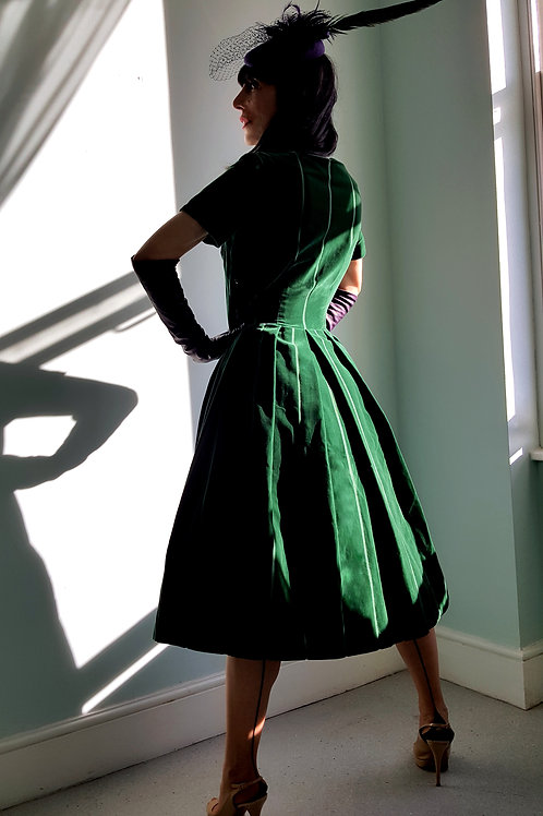 Vintage Green velvet dress 1950's size 12 UK