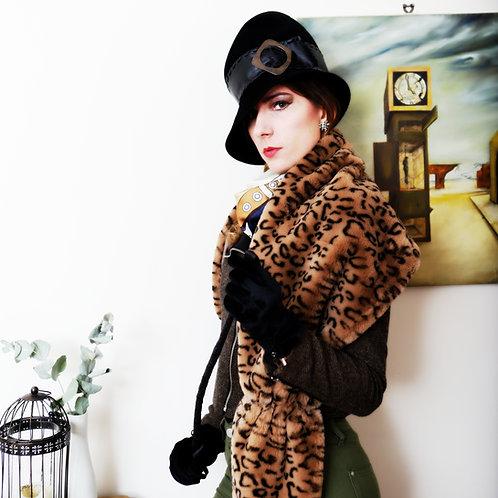 Leopard print faux fur wrap/stole