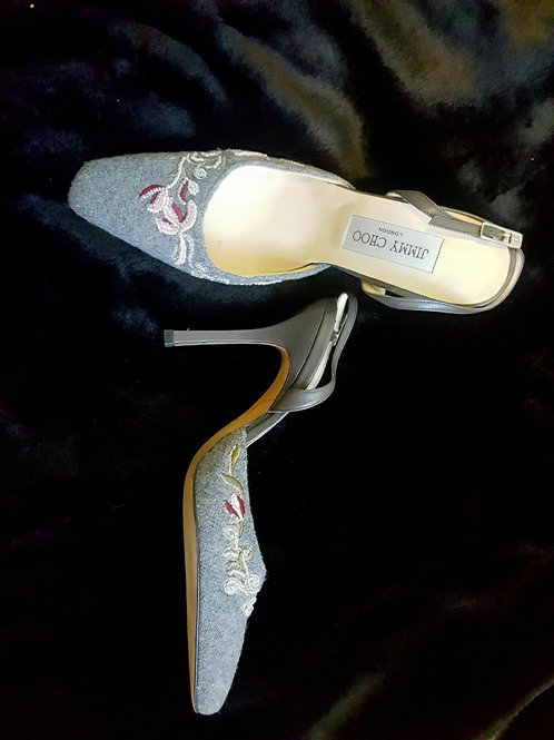 Jimmy Choos shoes UK size 4 EU 37 as new Leather & wool with embroidery