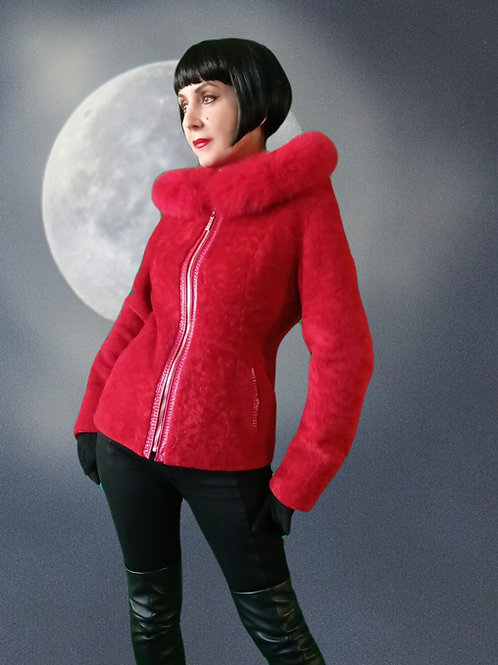 Hey there Li'l Red Riding Hood..... vintage red mouton sheepskin patent leather