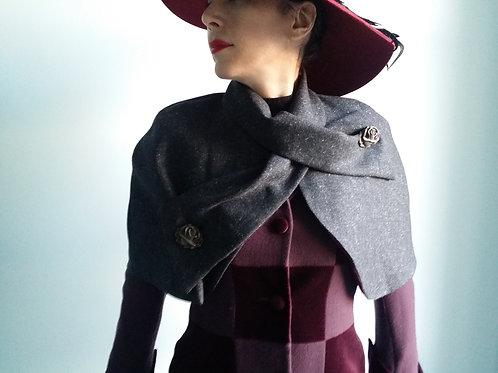 Belle Epoque grey tweed cape