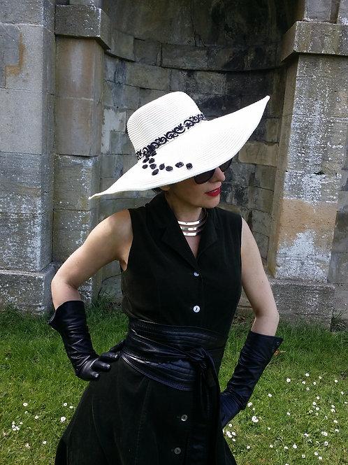 Black Rose of Halfeti sun hat