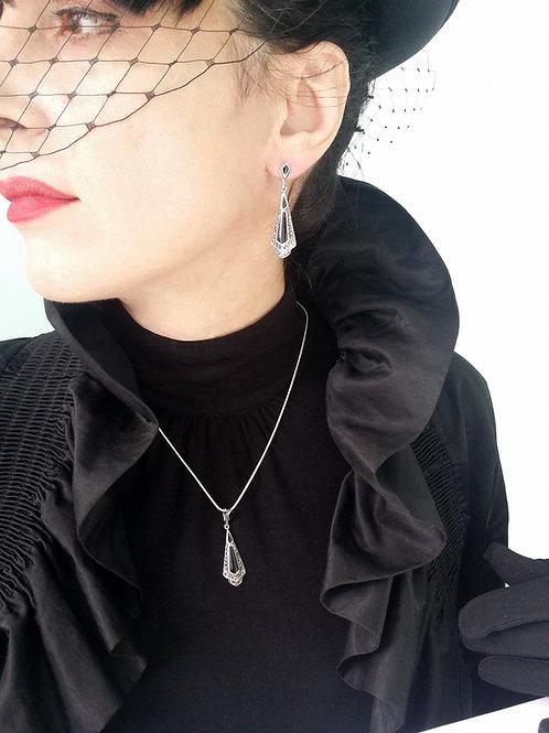 Marcasite/silver pendant & earrings set black onyx