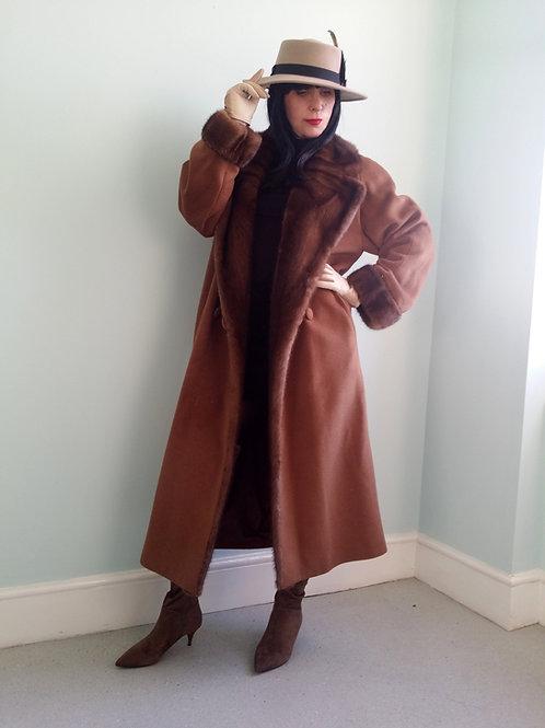 Vintage Sprung Fourrures Paris Luxury coat