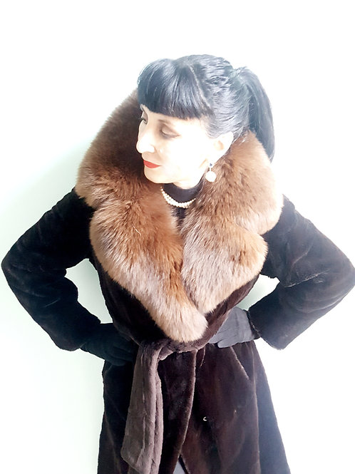 Vintage 1970s belted sheared rabbit & fox collar coat